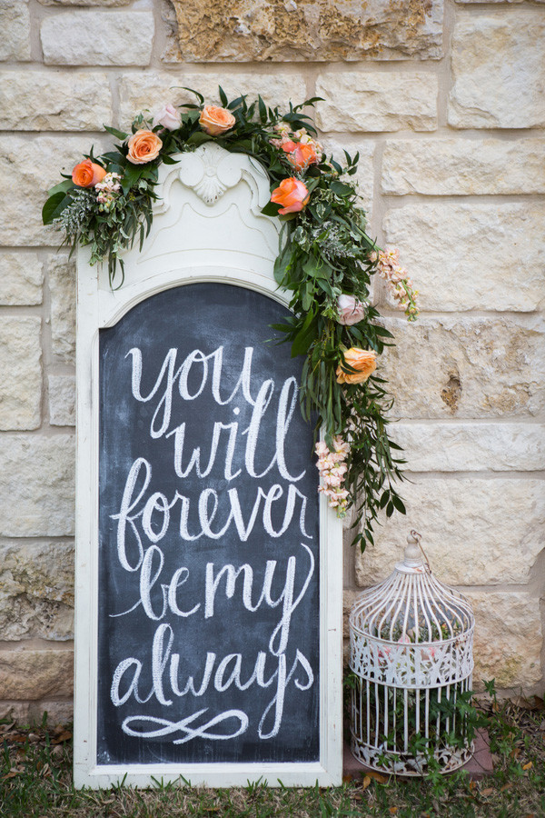 chalkboard wedding signs for 2017 wedding trends