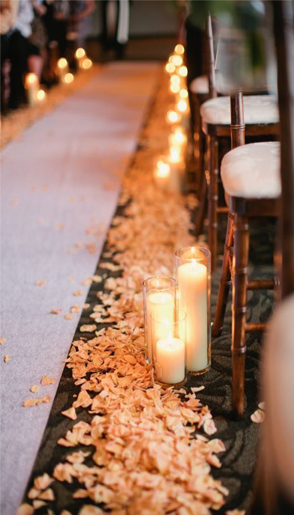 romantic candle wedding ideas for aisles