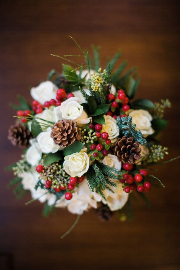christmas themed wedding bouquets ideas