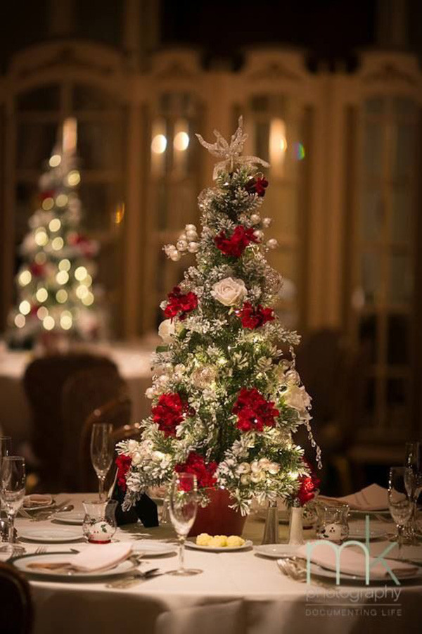 whimsical christmas tree wedding centerpiece ideas