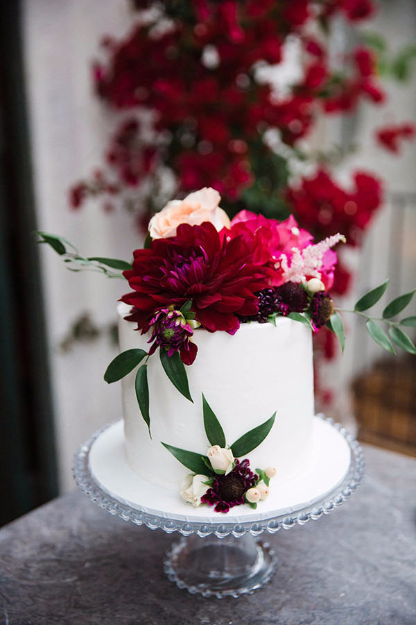 fall flowers inspired wedding cakes for 2017