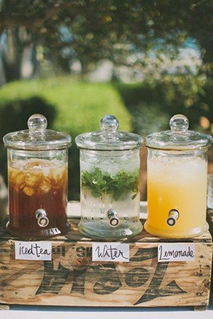 backyard themed wedding drink ideas