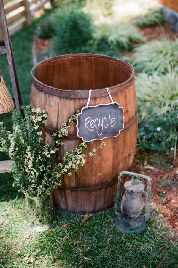 backyard wedding decoration ideas with wine barrel