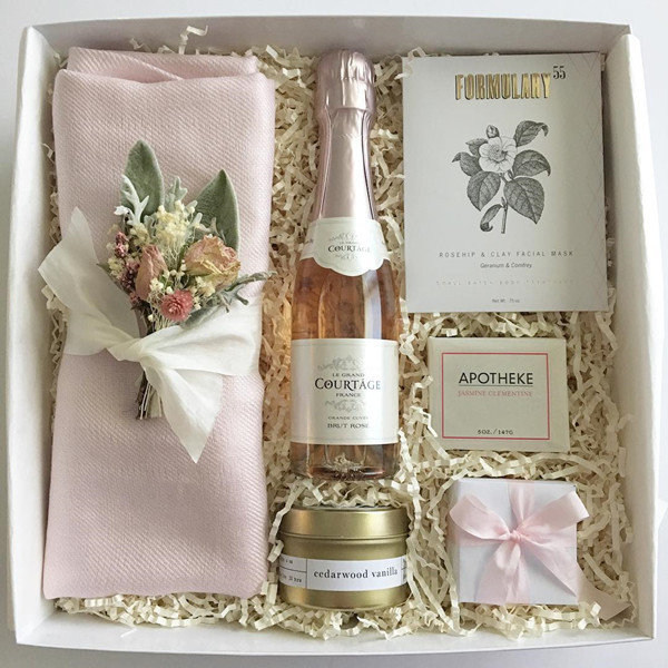 romantic wedding bridesmaid gifts champagne package