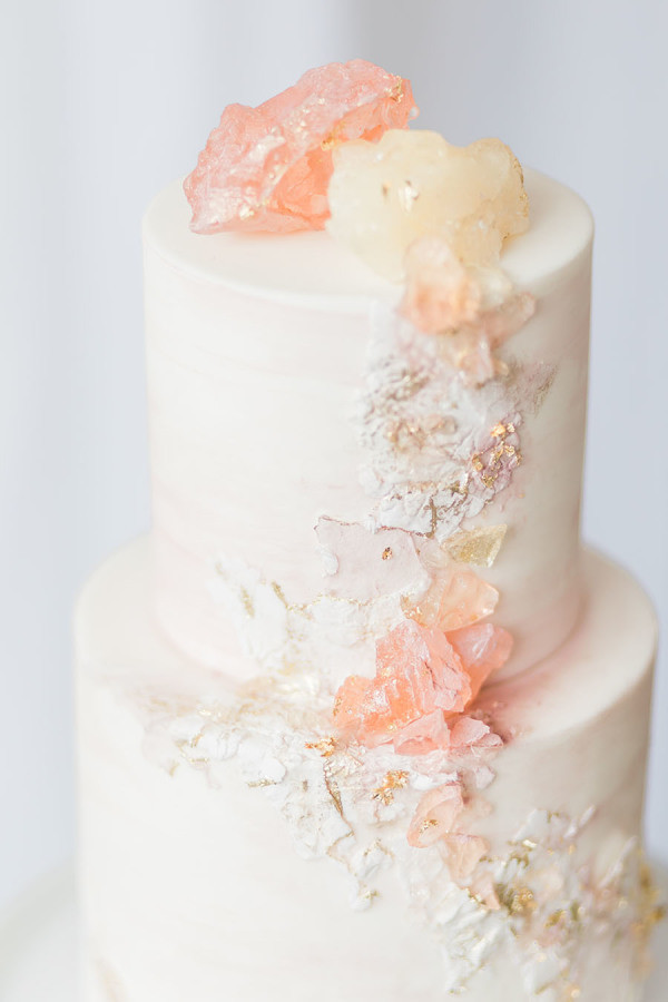 Rose quartz wedding cake fro 2017