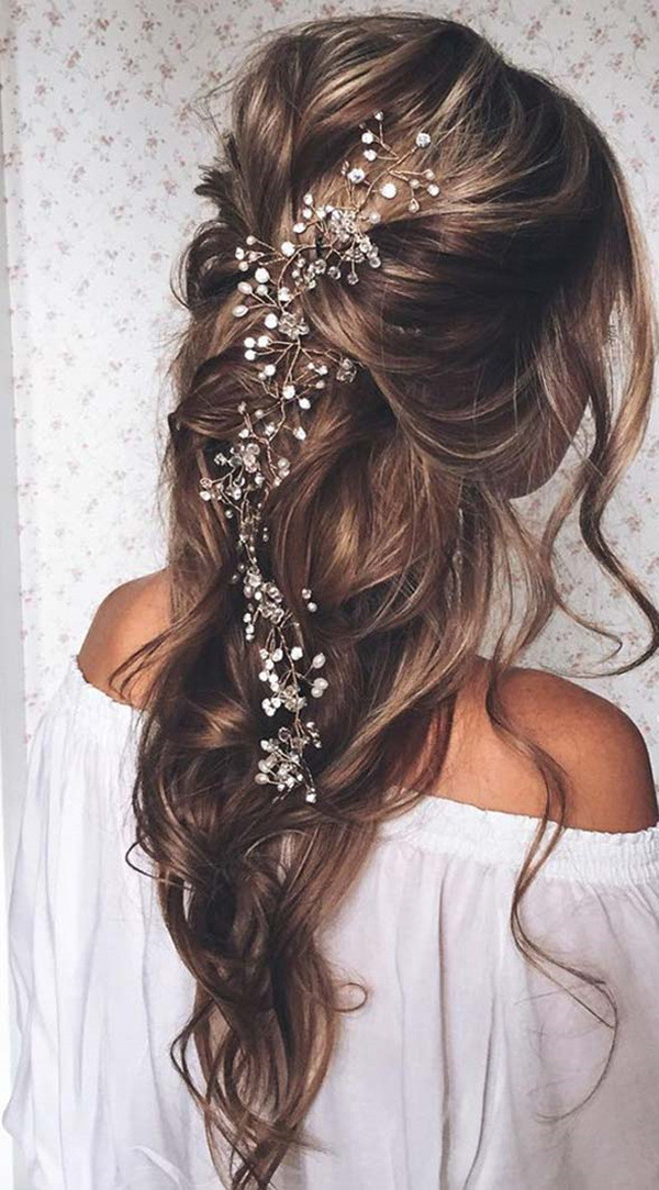 romantic half up half down wedding hairstyle
