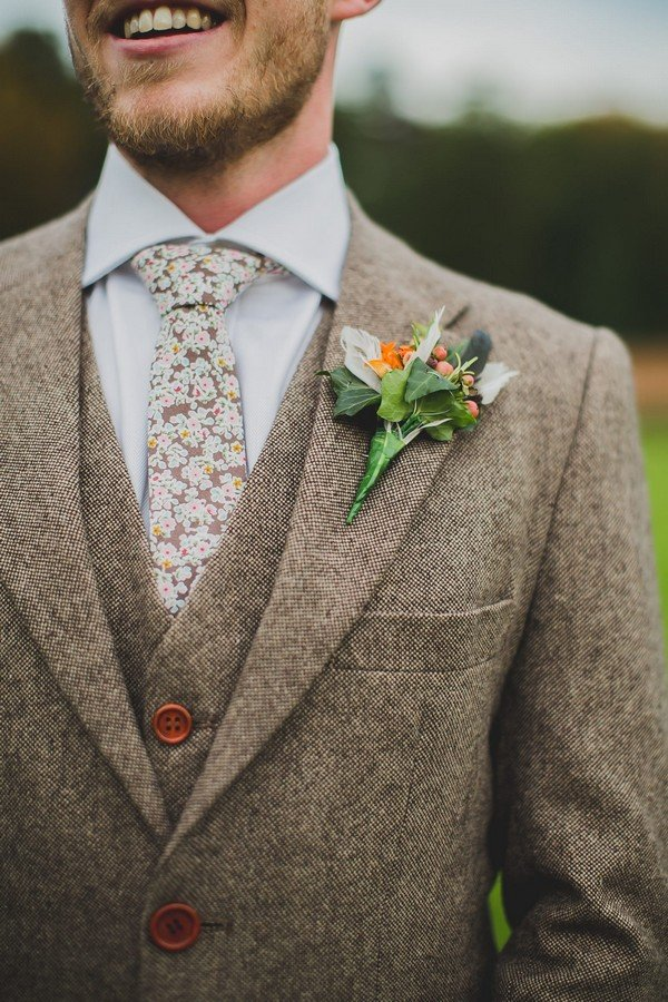 country rustic wedding groom suit ideas with floral printed tie