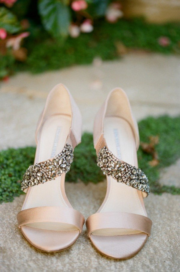 elegant champagne bridal wedding shoes