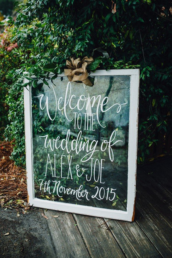 vintage outdoor wedding welcome sign