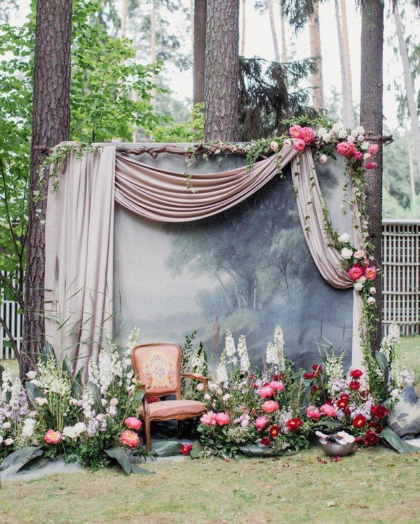 trending 15 hottest wedding backdrop ideas for your ceremony oh best day ever. Black Bedroom Furniture Sets. Home Design Ideas