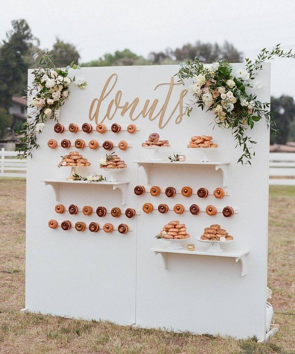 chic outdoor wedding donut wall backdrop ideas