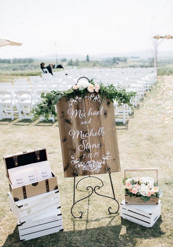 outdoor wedding ceremony decoration ideas with wooden sign