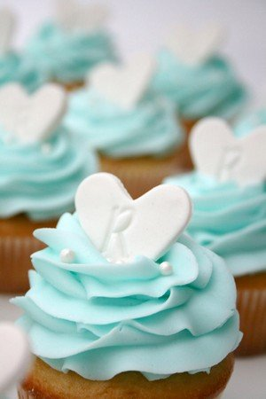 Tiffany themed wedding cupcakes