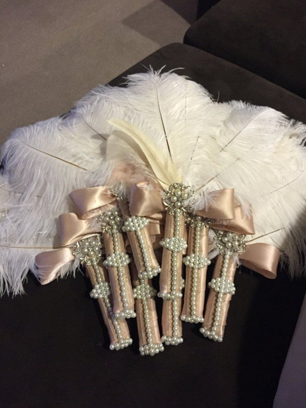 ostrich feather fan for great gatsby vintage wedding ideas