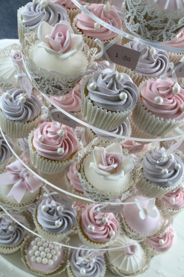 vintage pink and gray wedding cupcake ideas