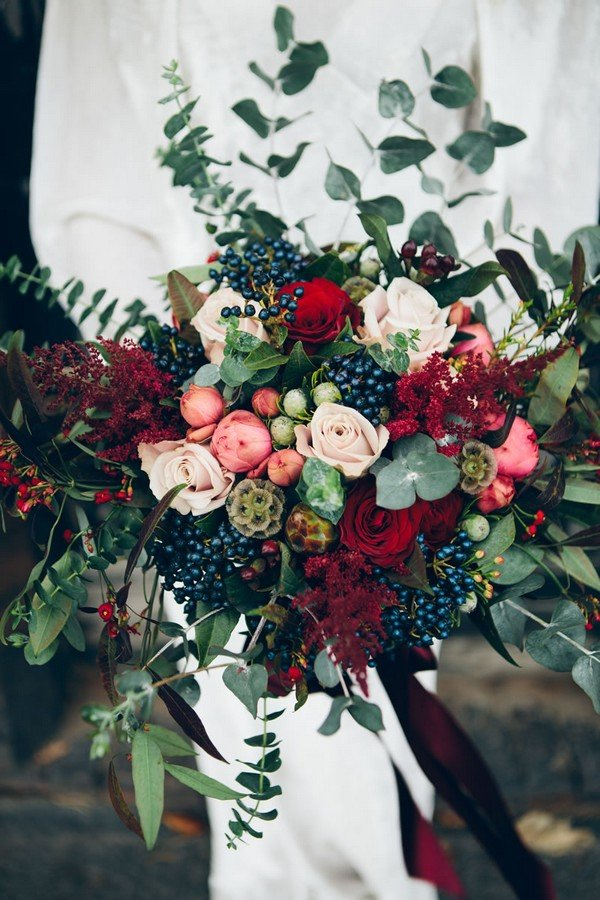 red and blue bohemian wedding bouquet