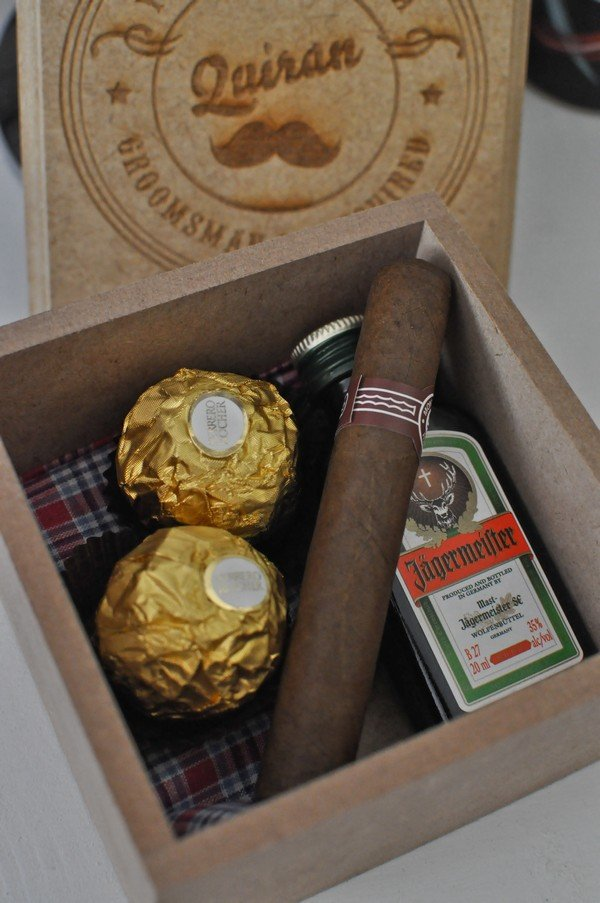 groomsmen gift box ideas