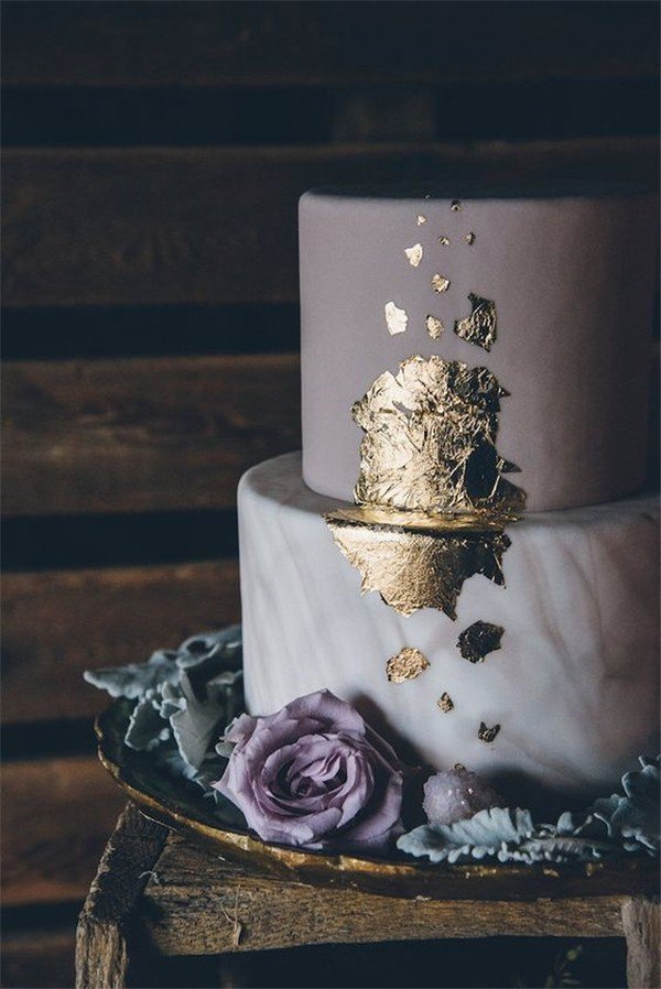 unique metallic gold and mauve wedding cake for 2018