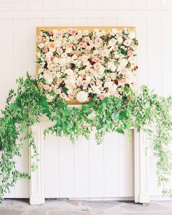 flower and greenery wedding backdrop ideas