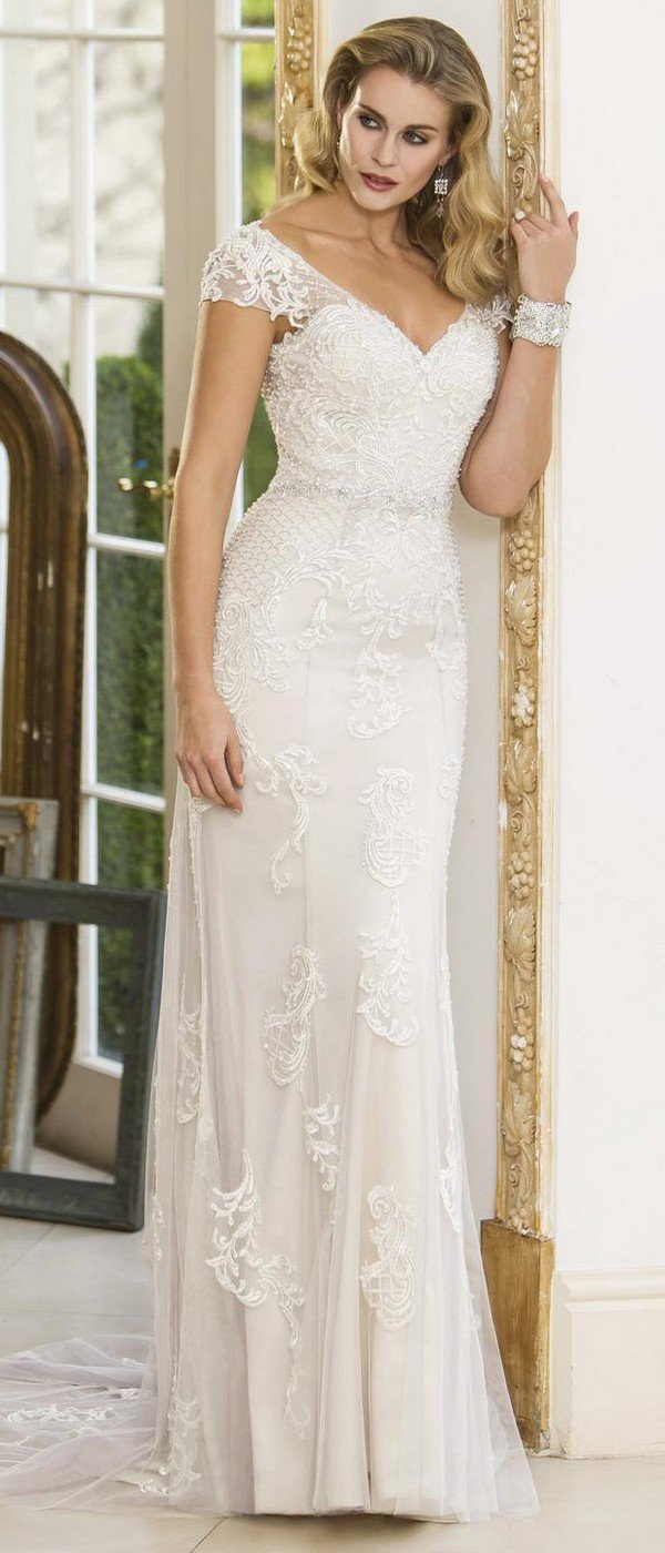 true bride wedding dress with cap sleeves W297