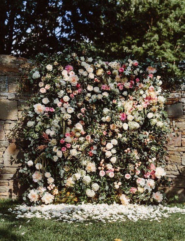 vintage wedding backdrop ideas with flower wall