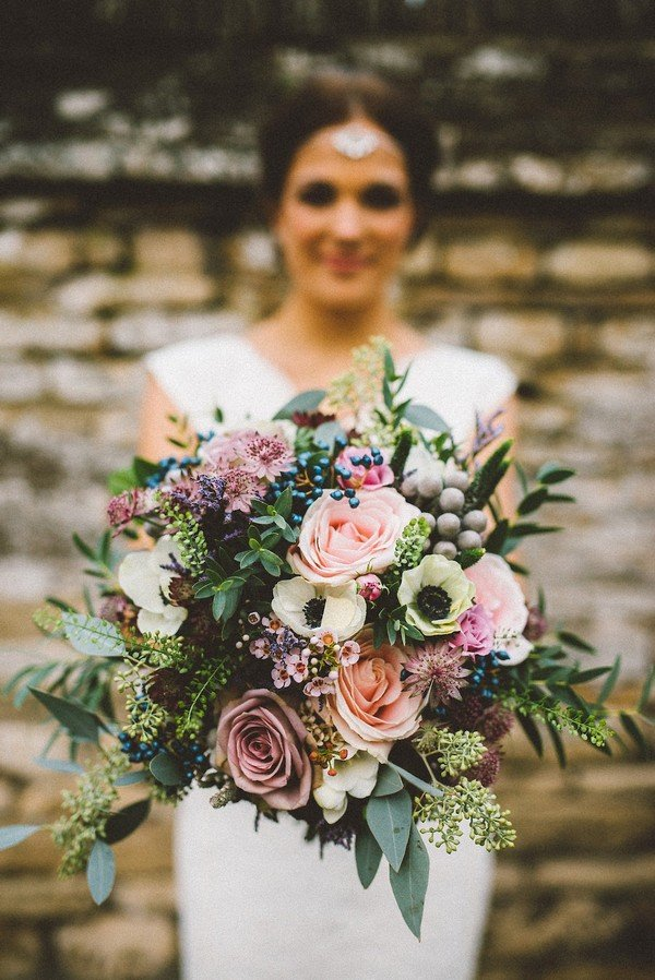 wedding bouquet for fall weddings