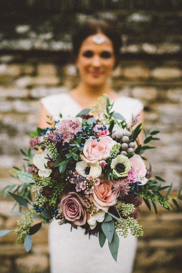 wedding bouquet for fall weddings