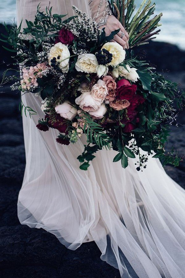 pink and burgundy moody wedding bouquet