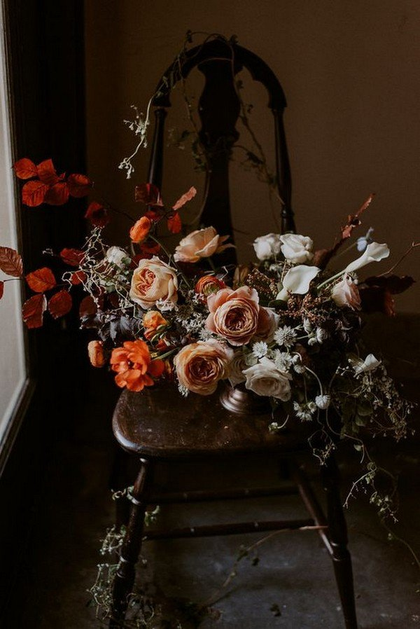 pink and orange moody wedding bouquet ideas
