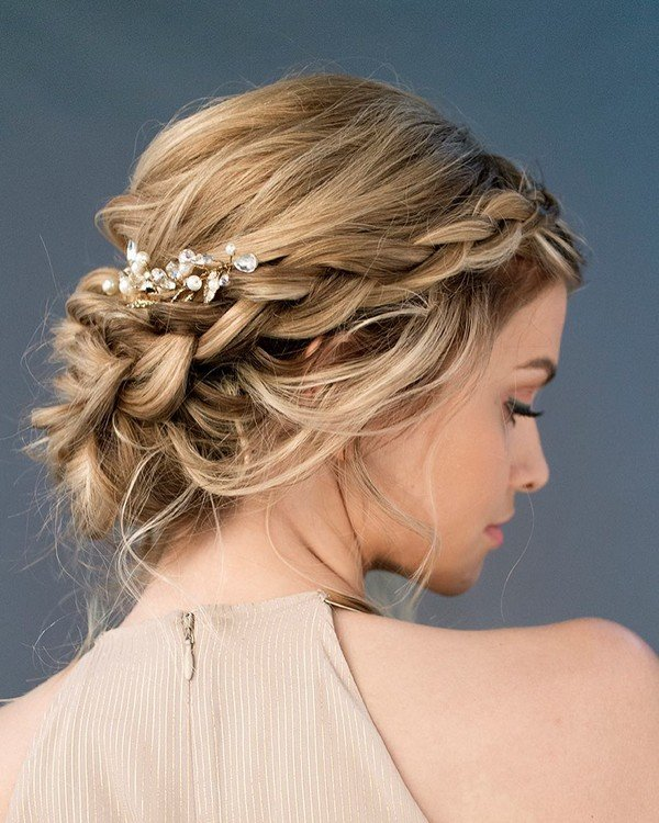 twisted updo bridal hairstyle for wedding day