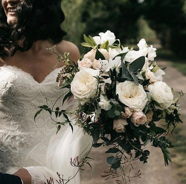 neutral fall wedding bouquet ideas