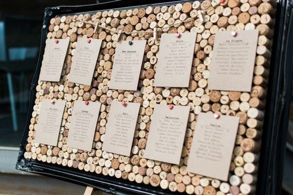 wine themed wedding decoration ideas with corks