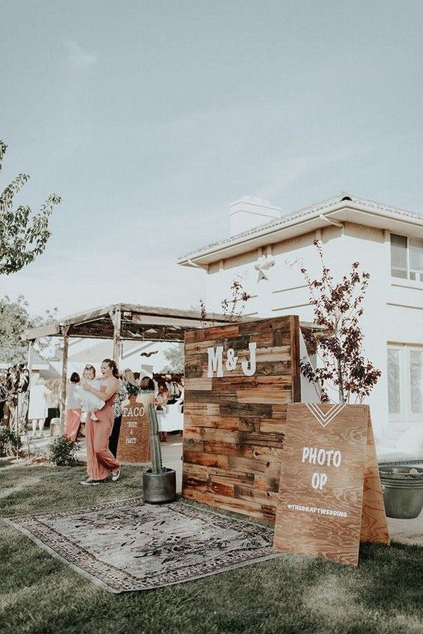 chic outdoor wooden wedding photo booth