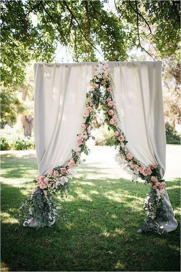 romantic outdoor floral wedding backdrop ideas