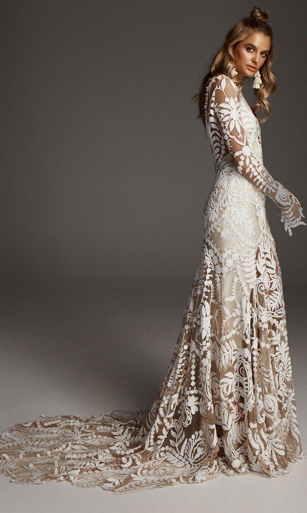 stunning Avril boho lace wedding dress from Rue De Seine detail