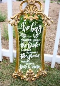 vintage mirror inspired wedding signs