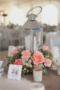 vintage lantern wedding centerpiece ideas with candles