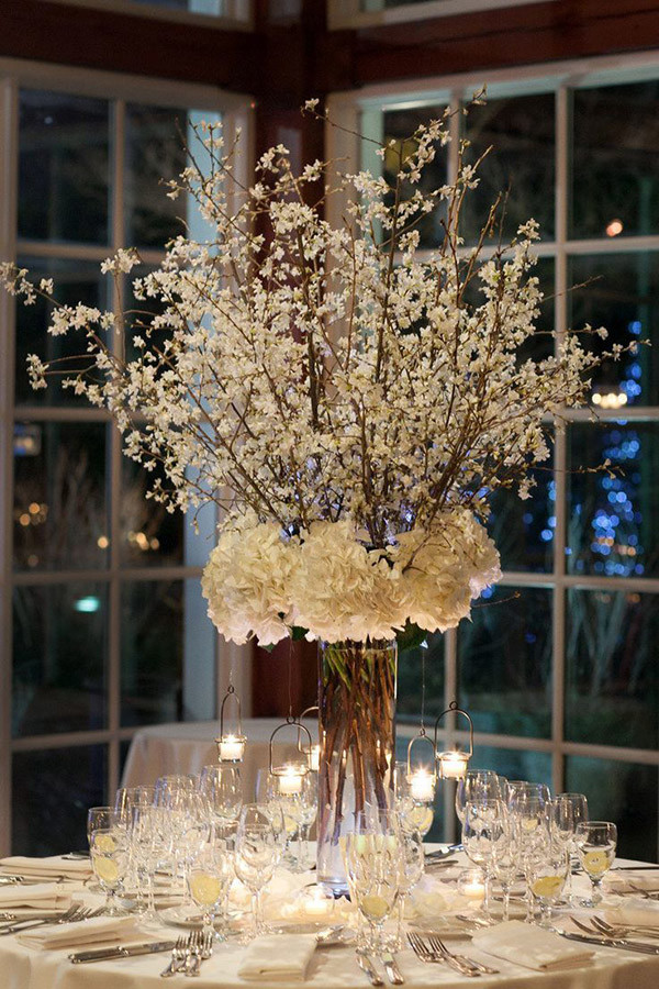 spectacular tall winter wedding centerpiece ideas