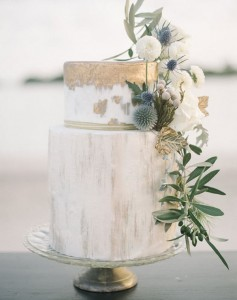 metallic moder two tiers wedding cakes with florals