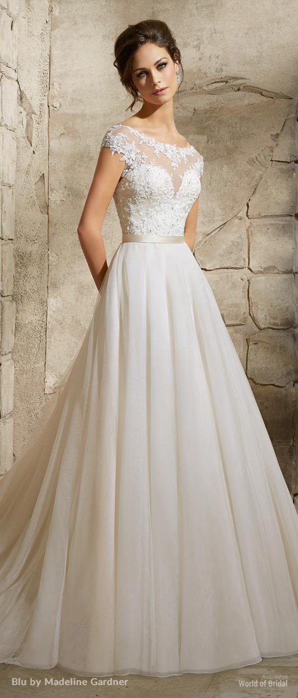 2017 trending wedding dress