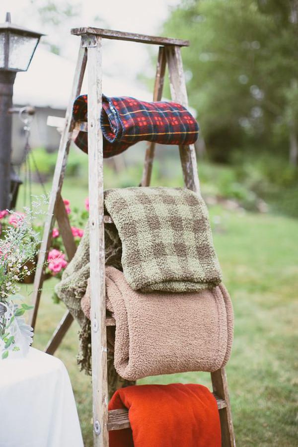 fall wedding ideas with ladders