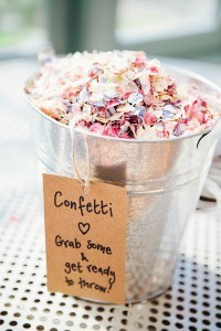 confetti bucket petals for guests wedding ideas