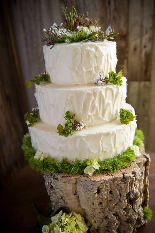 Beautiful Woodland Wedding Cake