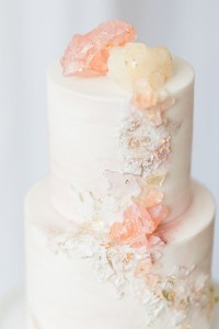 Rose quartz wedding cake fro 2017