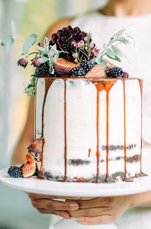 drip wedding cakes for fall