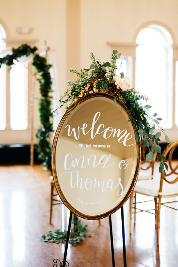 vintage wedding ideas with mirror wedding welcome sign