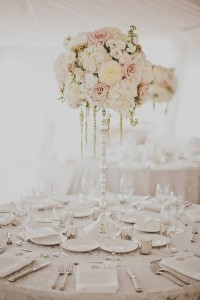 wedding table decoration ideas with tall centerpiece