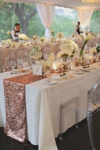 wedding table decorations with a touch of sequins