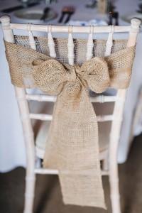 burlap chair decoration ideas for rustic weddings