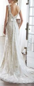 v back lace vintage wedding dress